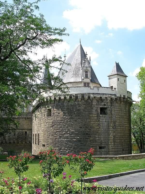 La tour du fer à cheval Nantes