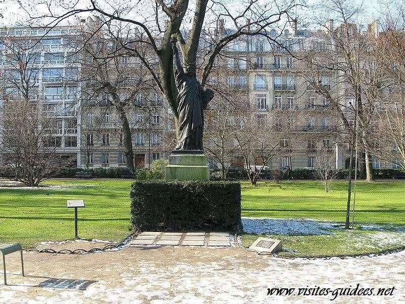 Statue de le Liberté jardin du Luxembourg