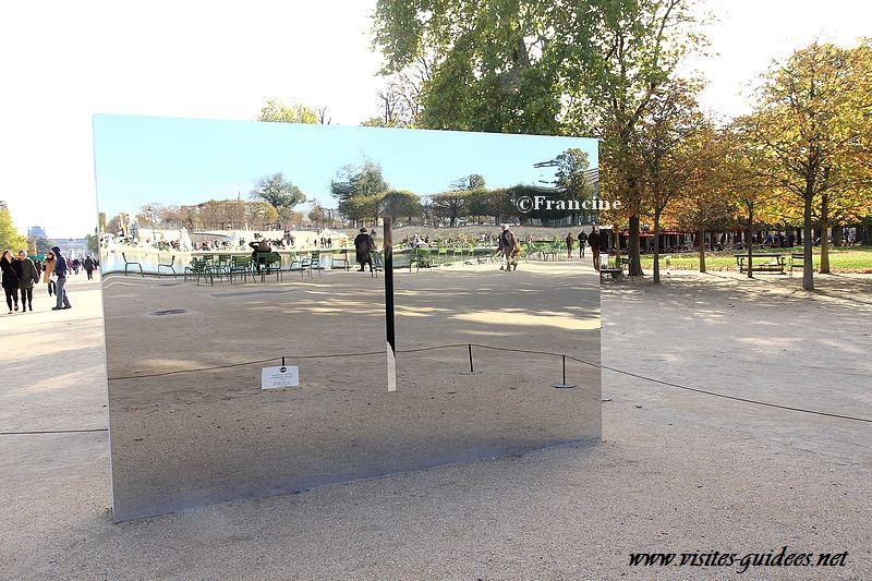 Fiac Tuileries 2012 Meurtrière Nicolas Milhé