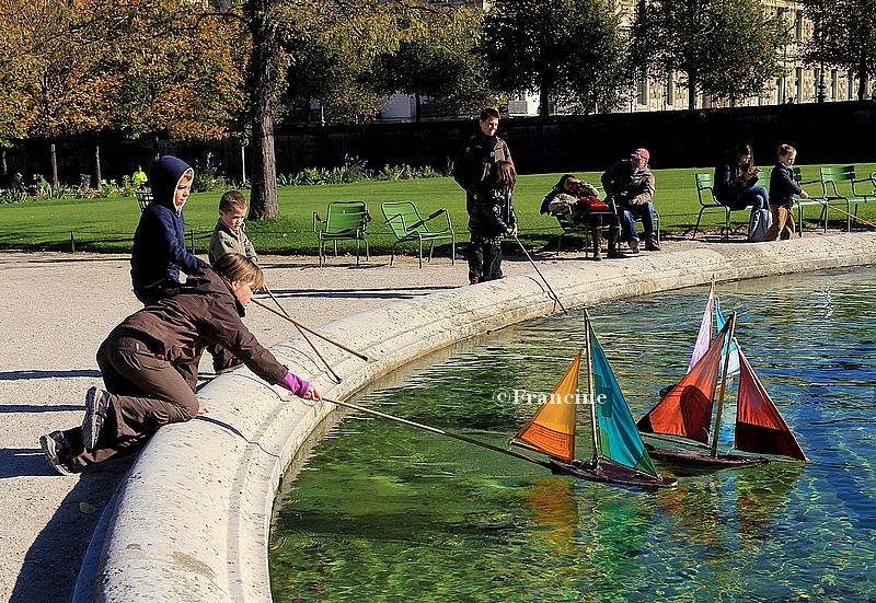 Jardin Des Tuileries Jeux De Bateaux Paris Autrement