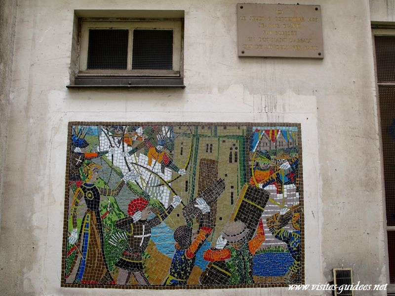 Jeanne d'Arc blessée au 15 rue de Richelieu