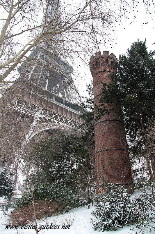 La cheminée de la Tour Eiffel