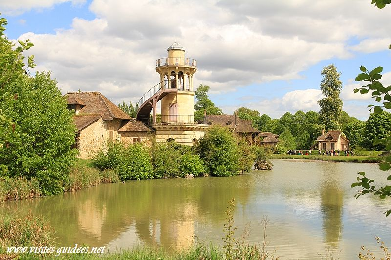 Le hameau de la Reine la tour de Malborough