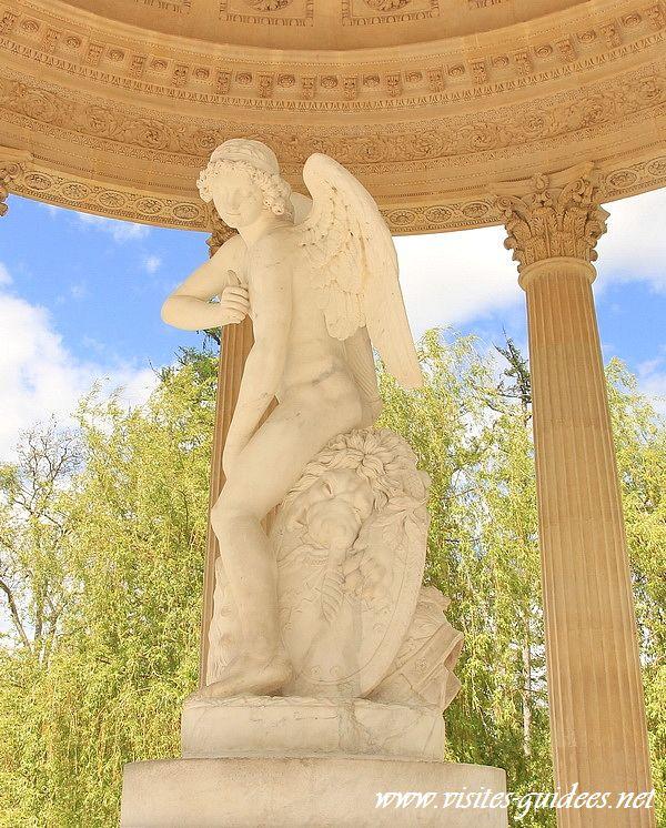 Temple de l'Amour domaine de Marie-Antoinette Versailles
