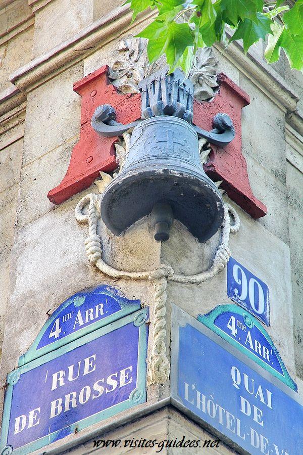 Cloche rue Brosse Paris