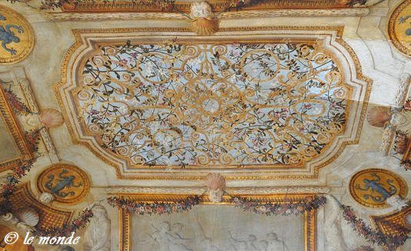 Cabinet des Bains Hôtel Lambert Paris